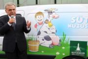 İzmir Büyükşehir'den süt üreticisine 170 milyonluk destek!